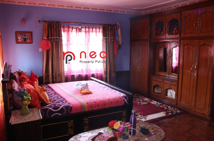 Semi furnished bedroom with parketing and daraj